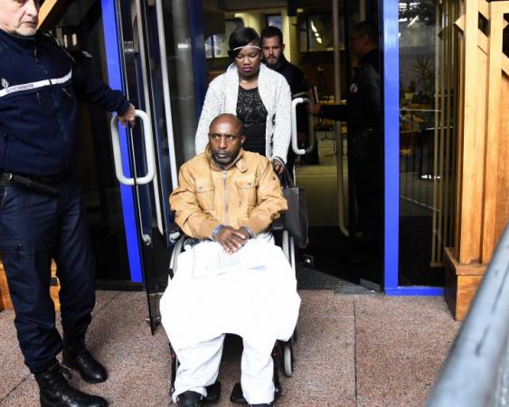Pascal Simbikangwa, aux assises de Bobigny, le 25 octobre, photo © Bertrand Guay AFP