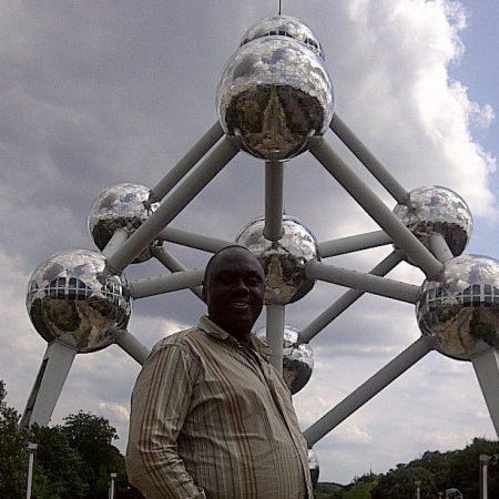 François-Xavier Nzabamwita, umunyamakuru n'umusesenguzi